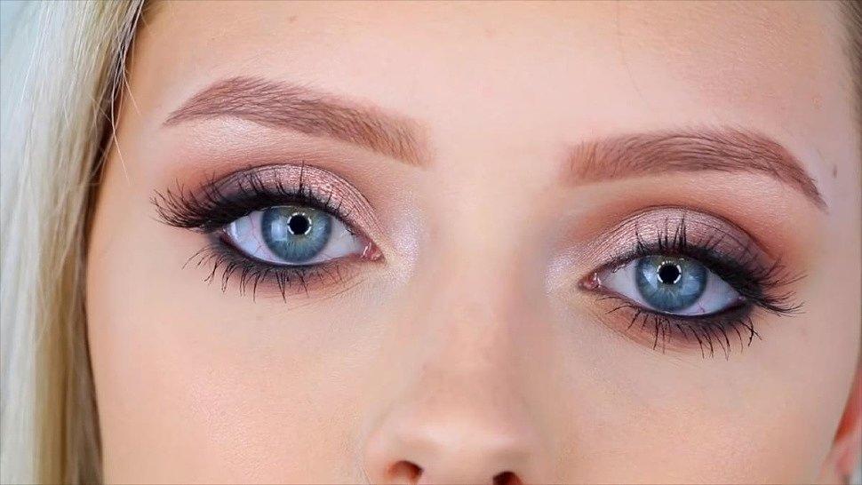 какие оттенки теней подходят для голубых глаз