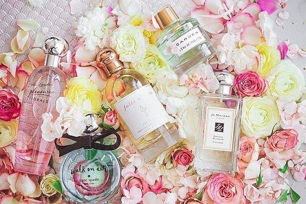 легкие летние ароматы для девушек