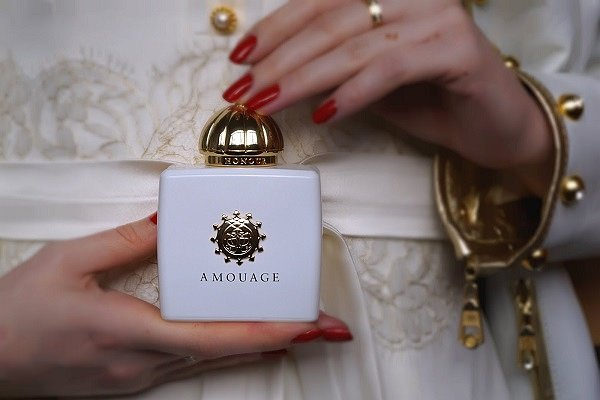 amouage honour woman отзывы