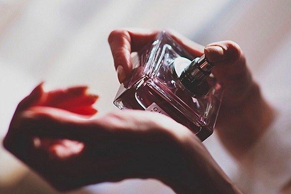 можно ли пользоваться просроченным парфюмом