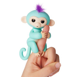Fingerlings Zoe