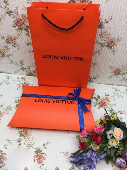 1a65fee3bf6d Louis Vuitton - купить. Выгодная цена. Жми!